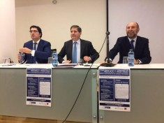 Rafael Hinojosa, Ponente. José Luis Gorgojo del Pozo, Decano. David Díez Revilla, Presidente de FACYL.